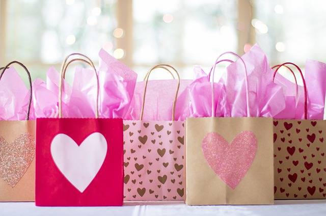 Free photo: Gift Bags, Sale, Presents, Gifts - Free Image on Pixabay - 2067663 (101561)