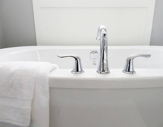 Free photo: Bathtub, Tub, Bathroom, Bath, White - Free Image on Pixabay - 2485952 (104966)