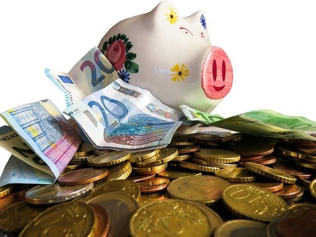 Free photo: Money, Currency, Finance, Save - Free Image on Pixabay - 3090724 (105533)