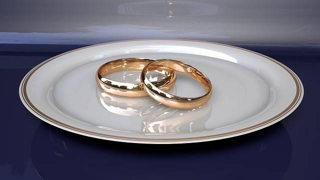 Free illustration: Not Man, Rings, Engagement, Wedding - Free Image on Pixabay - 3149686 (108887)