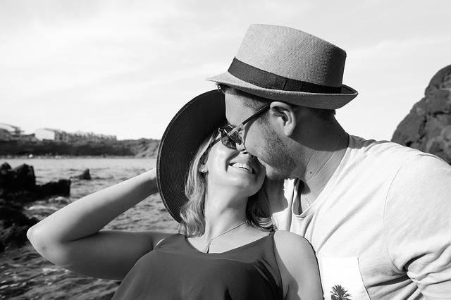 Free photo: Love, Couple, Romantic - Free Image on Pixabay - 2778469 (108888)
