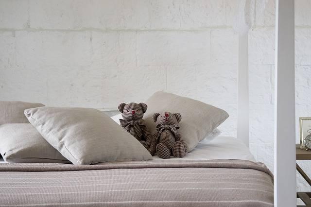 Free photo: Bed, Sleep, Sheets, Room - Free Image on Pixabay - 2453293 (111902)
