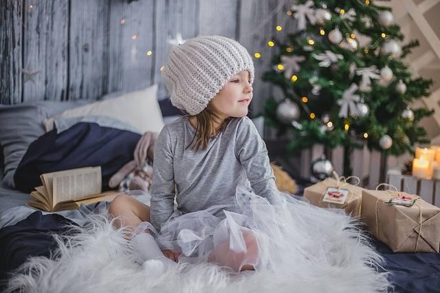 Girl Gift Presents · Free photo on Pixabay (127910)