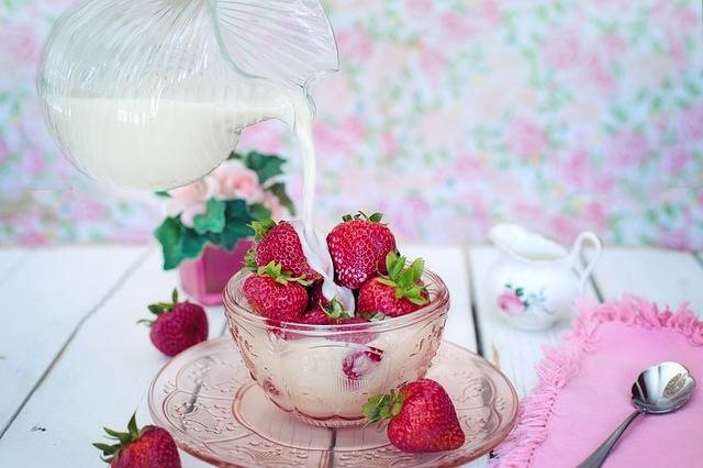 Strawberries Cream Milk · Free photo on Pixabay (141086)