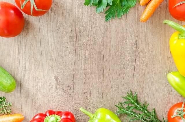 Table Wood Fresh - Free photo on Pixabay (147113)