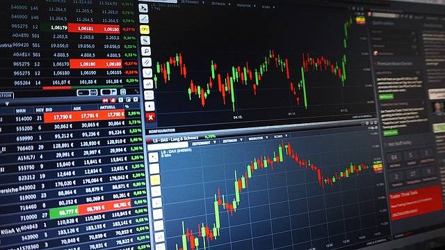 Chart Trading Courses - Free photo on Pixabay (152471)