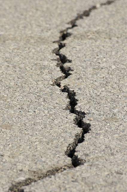 Earthquake Fracture Asphalt - Free photo on Pixabay (155561)