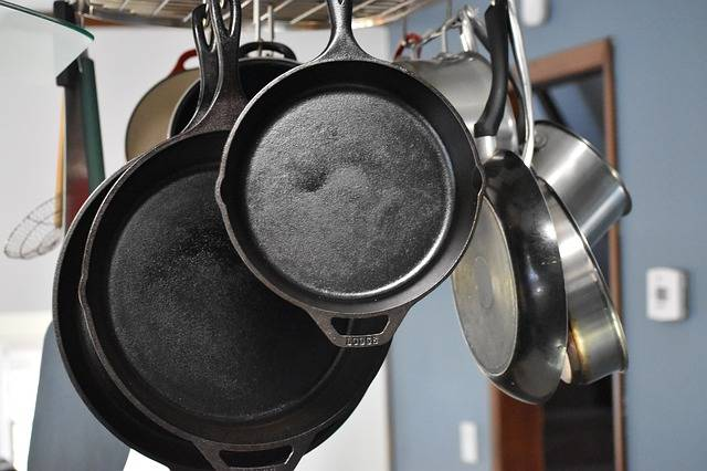 Cast Iron Kitchen Pan - Free photo on Pixabay (156358)