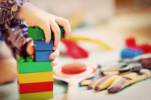 Child Tower Building Blocks - Free photo on Pixabay (161731)