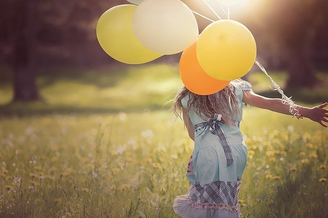 Girl Balloons Child - Free photo on Pixabay (168823)
