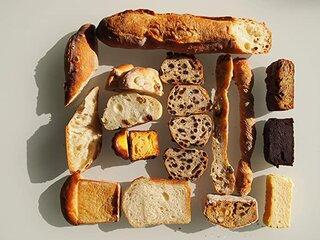 Amazon | d'une rarete (デュヌ・ラルテ) 冷凍パン お楽しみBOX 8種 | d'une rarete(デュヌ・ラルテ) | バケット・バタール 通販 (177837)