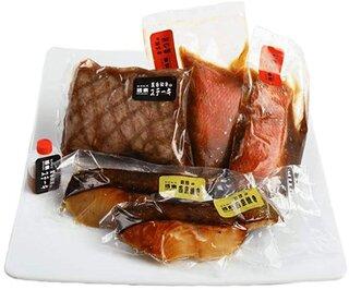 Amazon   黒毛和牛ステーキ・金目鯛の煮つけ・銀鱈の西京焼き 詰め合わせ 5個セット   ノーブランド品   惣菜 通販 (186779)