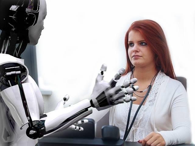 ロボットよりも人間がやった方がいいと思う仕事って?