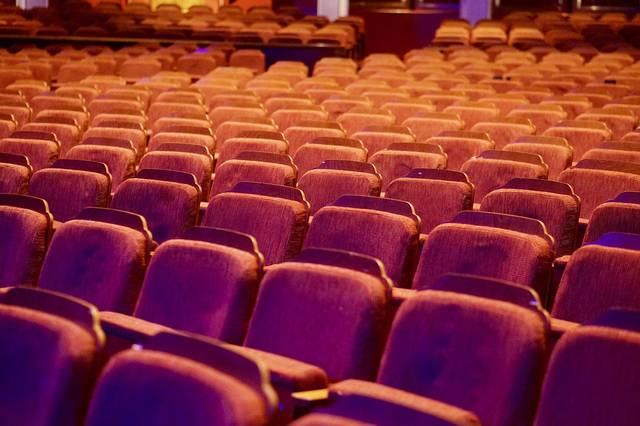 映画館での鑑賞者数が復調、映画鑑賞率は過去最低に