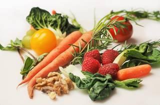 カロリーメイトやSOYJOY…バランス栄養食品、女性に人気なのは?