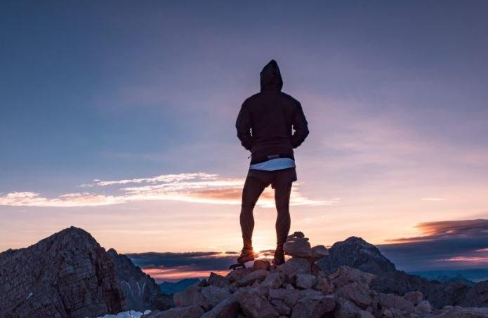 登山・ハイキング人気スポットランキング ~日本一紅葉が早い大雪山が1位に!~