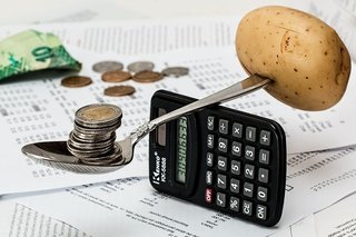 共働き夫婦のお金の管理は「分担制」に勢い。「お金の話をもっとしたい」が7割超える。
