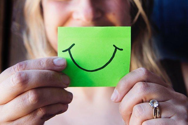 「ストレスとの付き合い方が上手そう」ストレスオフなイメージの有名人TOP5を発表!