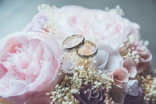 """ナシ婚の選択理由は「他にお金をかけたい」が48.9% """"結婚式の代わり""""で最も多かったのは「フォトウエディング」"""