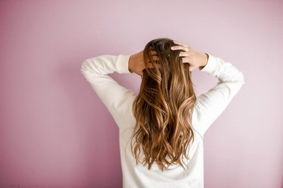 美容整形経験者の約〇割が、美容クリニック選びに後悔?美容整形の実態調査