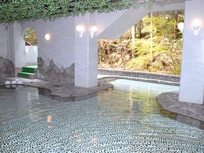 二の丸温泉 山田山ログハウス