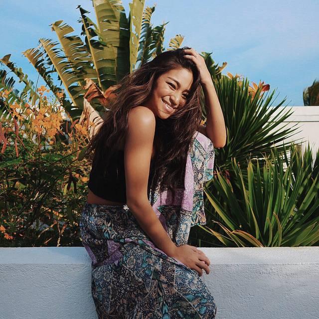 「店長、バイヤーを経て、27歳にスイムウエアブランドを立ち上げる」Influencer Girl AKI
