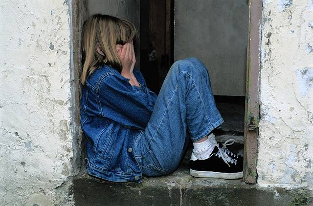 Child Sitting Jeans In The Door - Free photo on Pixabay (4685)