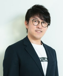 株式会社シーラホールディングス 取締役会長 杉本宏之
