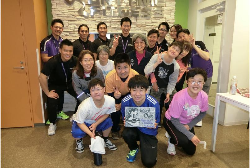 福岡・高宮店で行われたスペシャルオリンピックス日本(SON)アスリート向けのユニファイドトレーニングでは、7名のアスリートが参加した