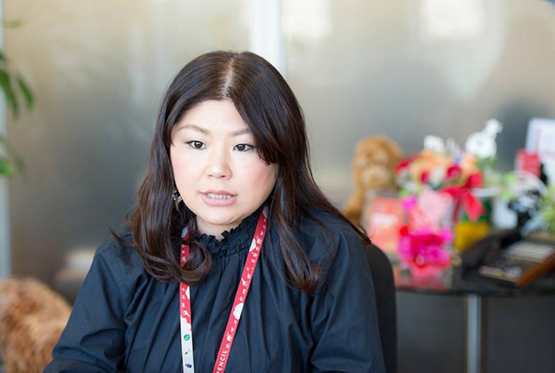 倉橋美佳社長。福岡市生まれ。九州芸術工科大学(現・九州大学芸術工学部)卒業後、2003年にペンシル入社。R&D事業部マネージャーなどを経て、2016年から代表取締役社長に就任。