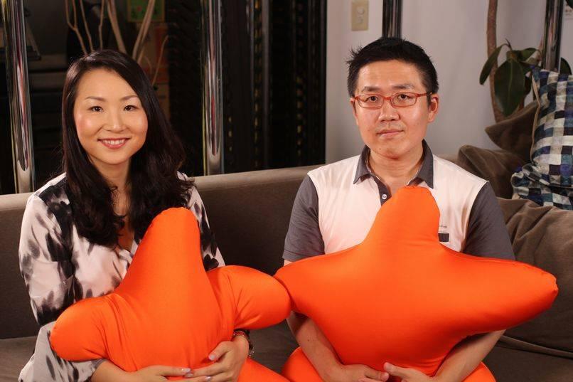 左:マーケティング&PR本部 コンシューマーPRマネージャー 高橋里予氏 右:ネットメディア編集者 田野幸伸(たのっち)氏