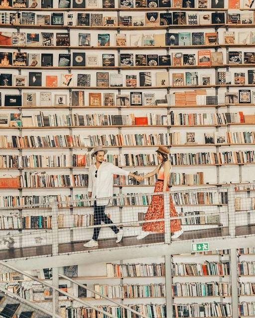 【THE GENIC Vol.15】世界中にあるGENICな書店たち