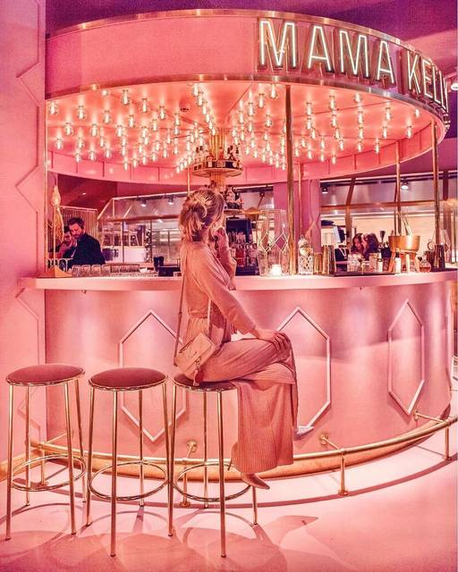 ピンクは正義。ピンクは姿勢。そんなレストラン