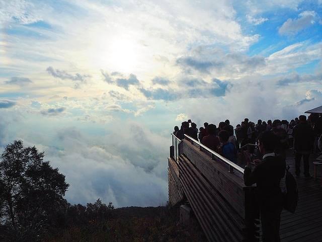 雲海発生率67%!奇跡のような絶景が見られる 「ソラテラス」とは?