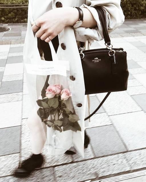 プレゼントにも♡自分へのご褒美にも♡フラワークリアバッグがかわいすぎる♡