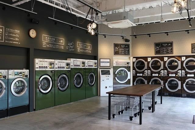 カフェが併設されたおしゃれコインランドリー!洗濯を待ちながらコーヒーブレイク♪ | GENIC WEB編集部 | GENIC | ジェニック