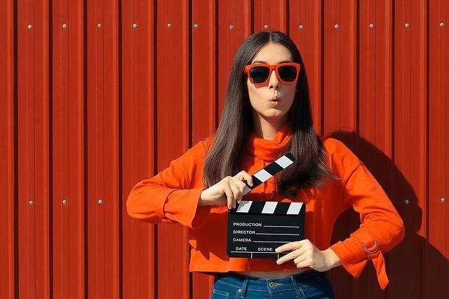 「高円寺×阿佐ヶ谷映画祭」開催!高架下の空き倉庫など7会場で秋の夜長を楽しもう♡