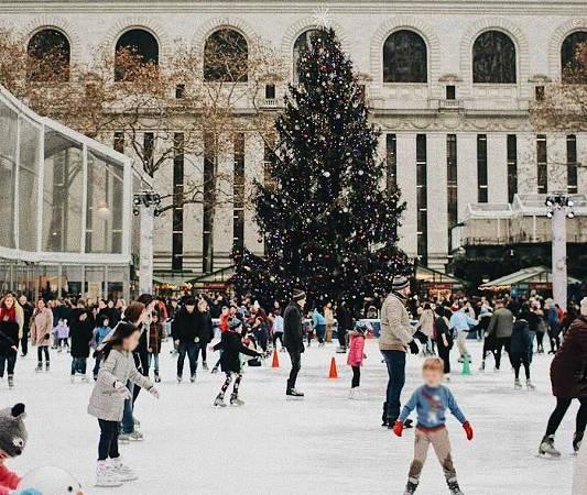 ホリデーシーズンに訪れたいニューヨークの人気スポット