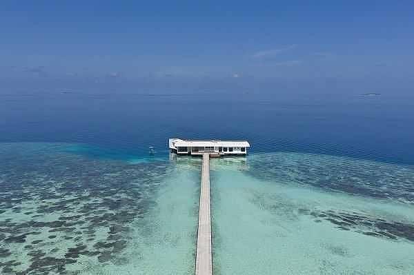 モルディブの5つ星リゾートに、世界初の海中レジデンス「ザ・ムラカ」が登場