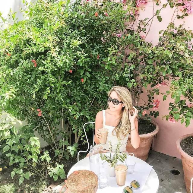 これからの季節にぴったり!ロサンゼルスのパティオがかわいいカフェ