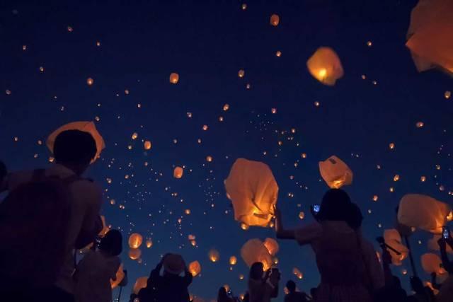 ランタンの光に願いを込めて★「七夕スカイランタン祭り」が東京&神戸で同時開催
