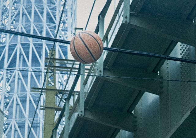 街中のバスケットコート/龍崎翔子のクリップボード Vol.15