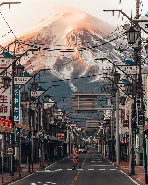 新・和の絶景!富士山がきれいに見える商店街!
