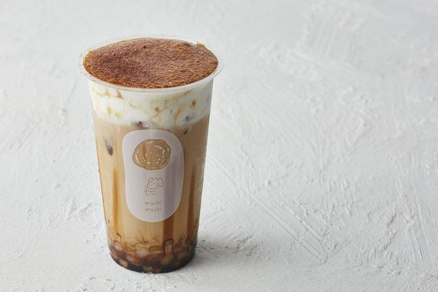 世界初登場!シーズナルドリンク「黒糖チーズミルクティー」が天王寺ミオ店オープン記念で♡