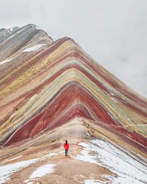 ペルーの絶景「ヴィニクンカ山」をトレッキング!