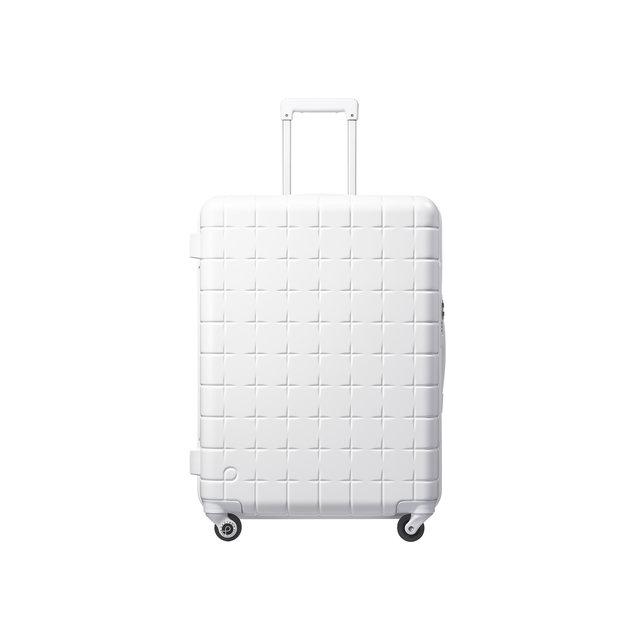 白好きさんに朗報!プロテカから高機能の限定スーツケースが登場♡