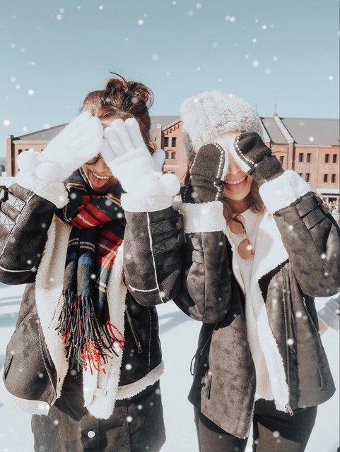 【yucoの加工レシピ Vol.04】タイミングよく降ってくる雪なんて待てない!いつでも雪を降らせるマジックアプリ♡