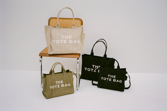 MARC JACOBSのアイコンバッグ「THE TOTE BAG」から新色が登場!