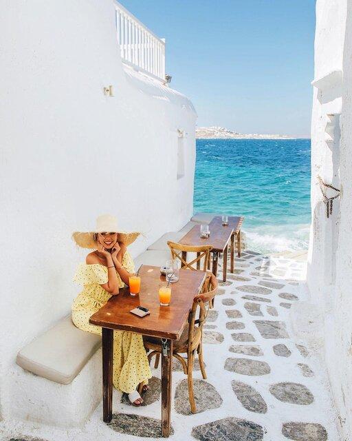 BGMは波の音!ミコノス島の人気レストラン「Kastro's Mykonos」