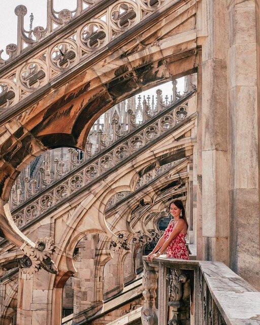 ミラノのシンボル「ドゥオモ」は世界最大級のゴシック建築